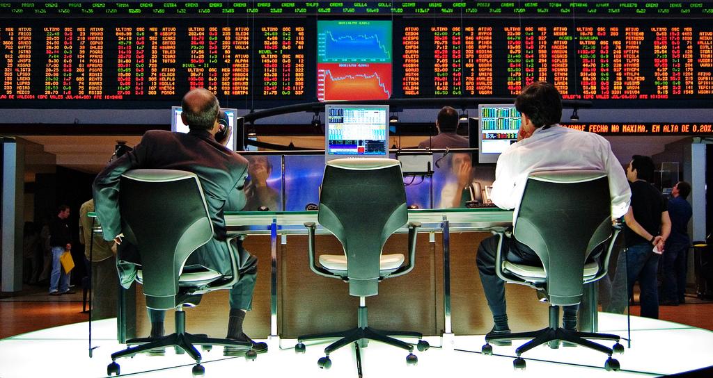 bourse   veille réseaux sociaux social RH recrutement réseaux sociaux les réseaux sociaux en entreprise