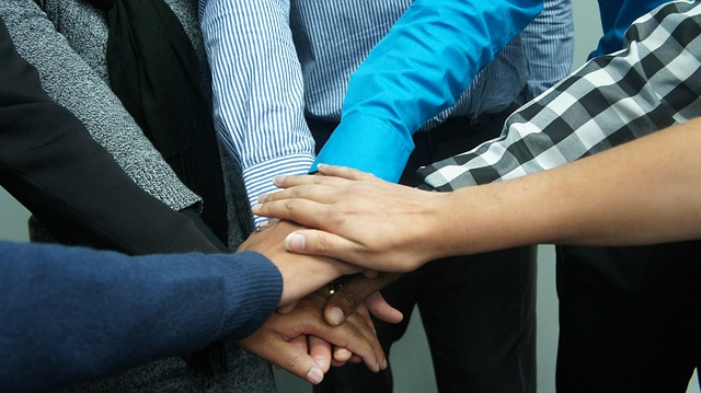 teamwork-383939_640   valeurs sens RSE exemple affectio societatis